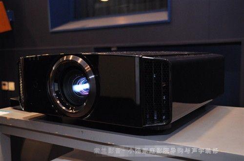 JVC推出支持4K画面的升级版DLA-X70R与DLA-X90R家用新品