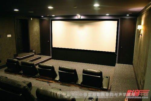国外超大幕巨型家用影院设计案例