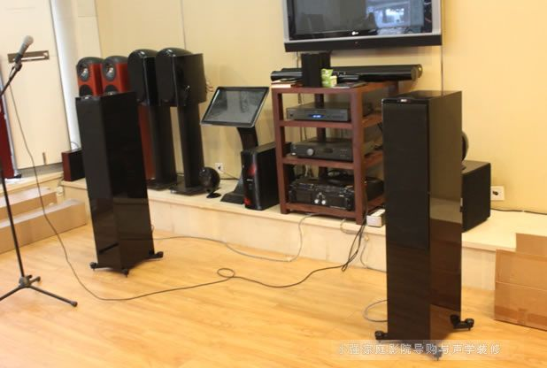 英国KEF音箱 R700落地音箱样品出售 其中一只箱体有磕伤