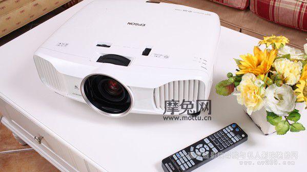 爱普生TW7200投影机