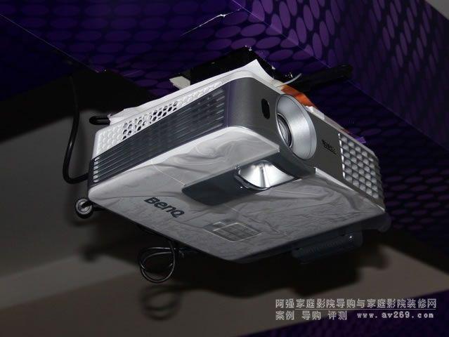 明基W1075短焦投影机