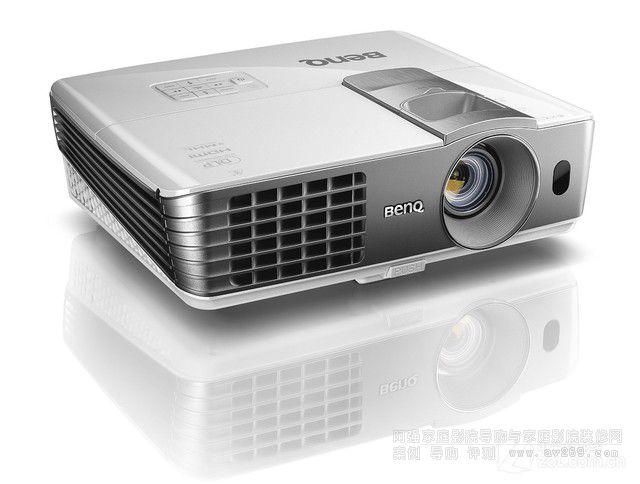 明基W1075投影机驾到 高清无线视频传输 实体店演示活动