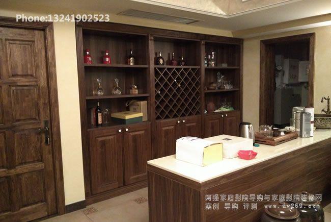 别墅地下室酒柜