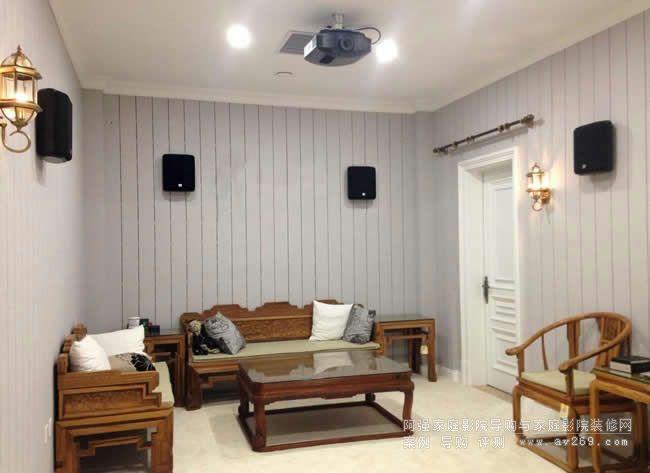 简洁大气的私人影院和JBL音箱组建的影院音响系统