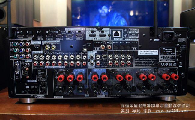 内建9声道功率放大电路与11.2声道前级处理   3.
