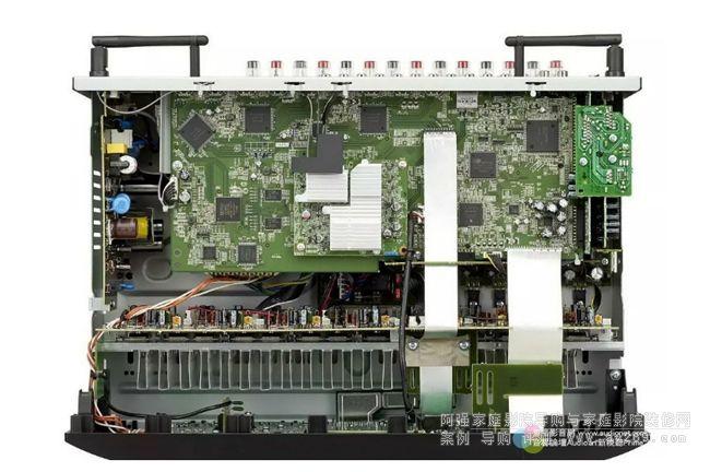 马兰士sr5012内部电路设计维持marantz扩大机向来的传统作风,以分
