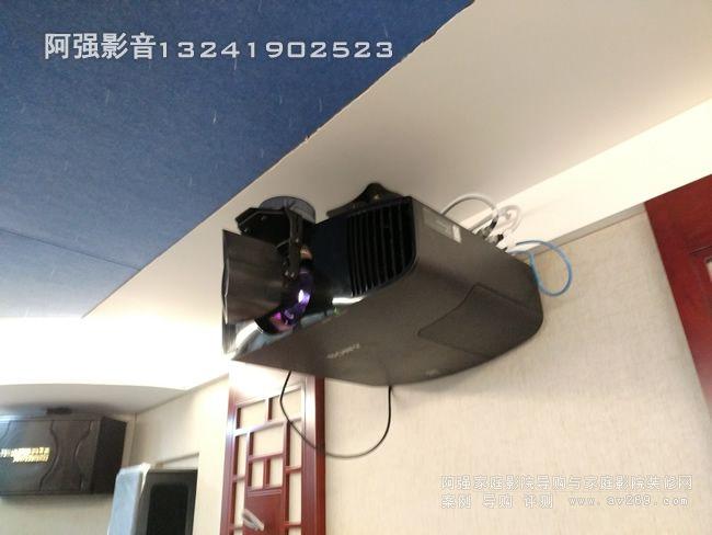 索尼4K投影机VW558