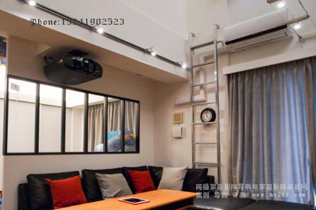 客厅影院 索尼VW558投影机